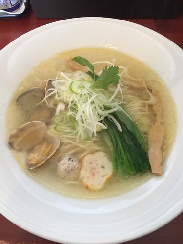 「あら塩拉麺  790円」@拉麺 空の写真
