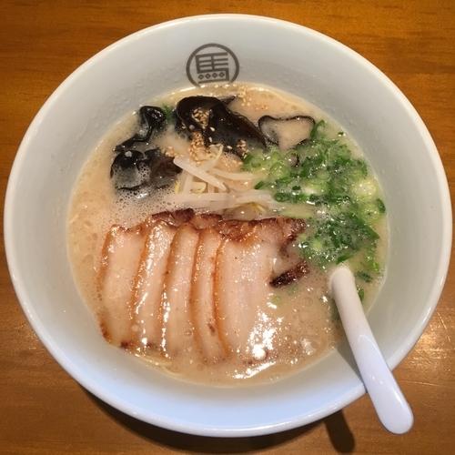 「白うま肉入り (880円)」@博多らーめん 我馬 三篠本店の写真