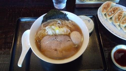 「味玉ラーメン 餃子5個」@らーめんはるか86の写真