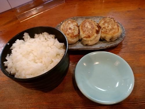 「餃子セット(餃子3個+ライス)280円」@支那そば 松家の写真
