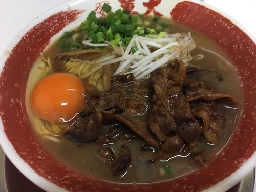 「肉入り 徳島ラーメン」@ラーメン東大 大道本店の写真