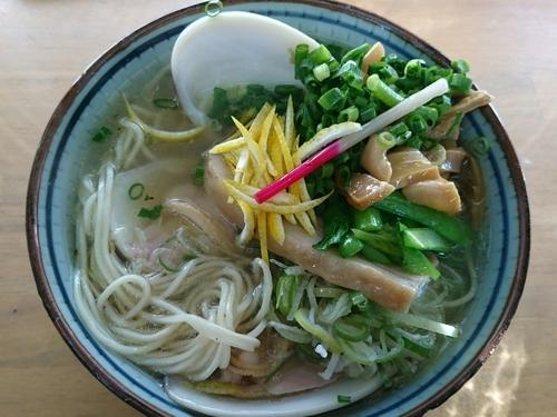 「【睦月の一杯】鶏スープ天然柚子塩 IN大蛤」@MENYA 食い味の道有楽の写真