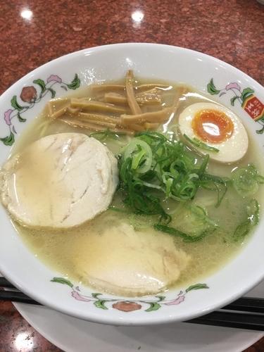 「鶏白湯ラーメン 637円」@餃子の王将 東大成店の写真