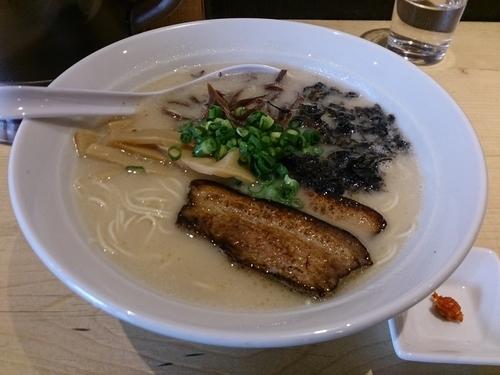 「豚骨麺」@麺屋 西川の写真