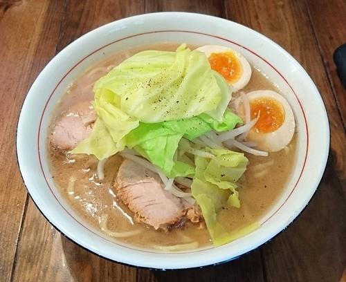 「特製醤油らぁ麺(大盛)」@井之上屋の写真