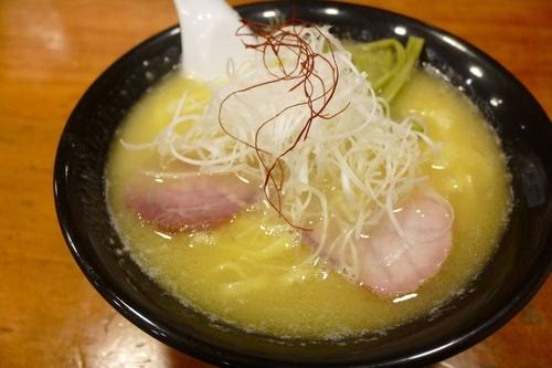 「鶏白湯らーめん¥820」@鶏そば きび 目黒店の写真