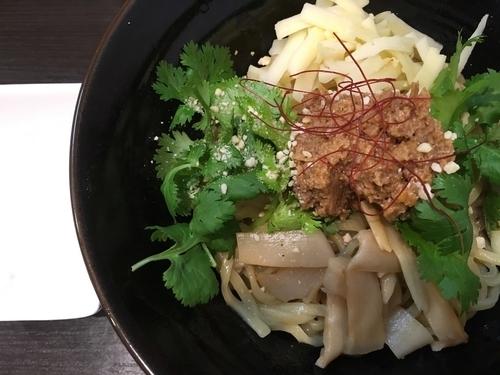 「【限定】肉味噌パクチーまぜそば 930円」@拉麺 ほそやの写真
