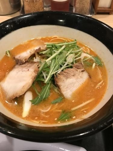 「とんこつ担々麺」@由丸 八重洲仲通り店の写真