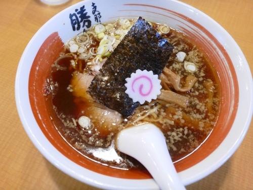 「正油ラーメン¥720」@支那そば 勝丸 目黒本店の写真