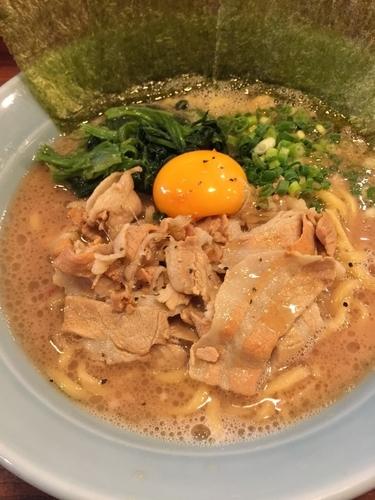 「肉そば」@横浜家系ラーメン 肉そば家 練馬店の写真