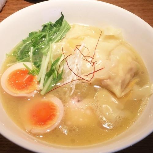 「鶏ワンタンラーメン900円+味玉100円」@らーめん 鳳雛の写真