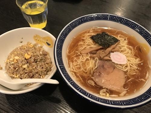 「東京ラーメン+半チャーハン」@東京ラーメン ラ・ヌイユ(La Nouille)の写真