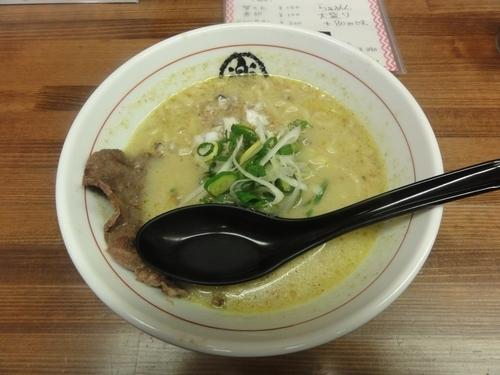 「牛かすグリーンらぁ麺」@楽園の写真