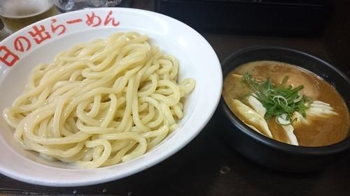 「剛つけ麺 味玉 大盛無料」@日の出らーめん 横浜桜木町本店の写真