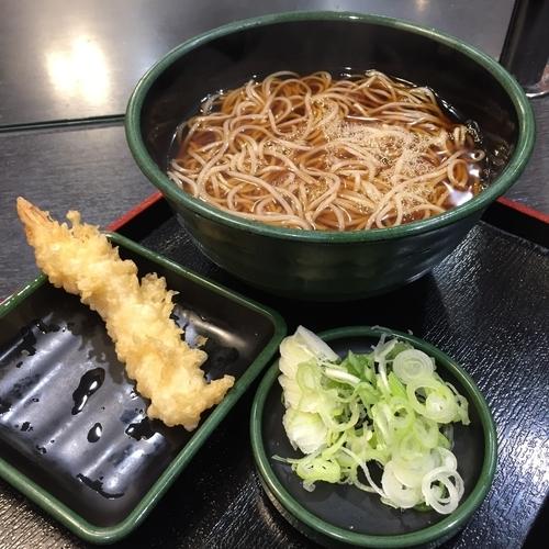 「かけ(¥320)+海老天(クーポン)」@ゆで太郎 南青山一丁目店の写真
