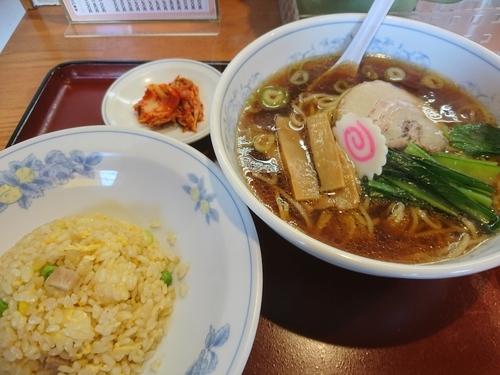 「ラーメン(しょうゆ)炒飯セット 770円」@ことぶきの写真