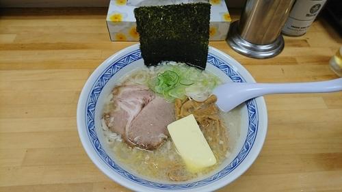 「塩らーめん+バター」@北海道らーめん しゅんの写真