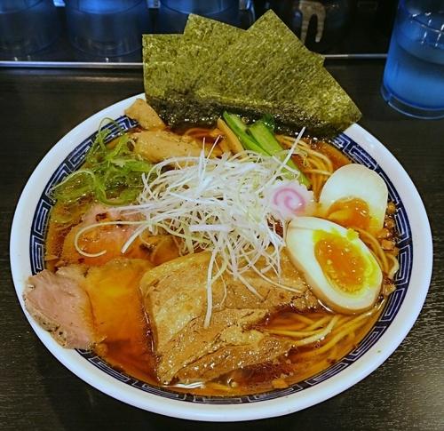 「煮干し醤油そば(大盛)」@麺処 れん屋の写真