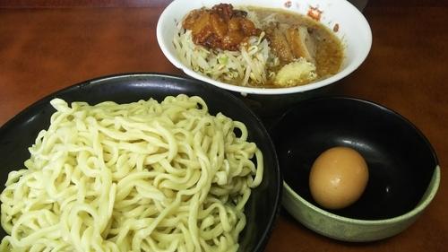 「小つけ麺(にんにく・あぶら)+生卵¥900」@ラーメン二郎 めじろ台法政大学前店の写真