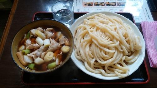 「肉汁うどん(中)+ちくわ天」@藤店うどん 大宮店の写真