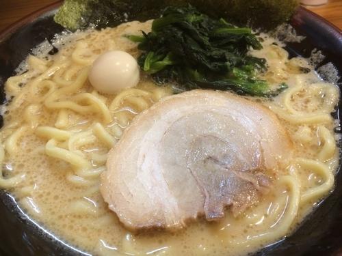 「醤油ラーメン」@横浜家系ラーメン 壱角家 高崎店の写真