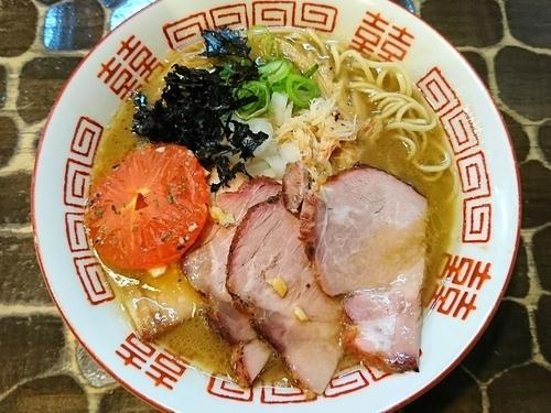 「【限定】毛ガニそば(ガーリックライス付き)」@特級鶏蕎麦 龍介の写真
