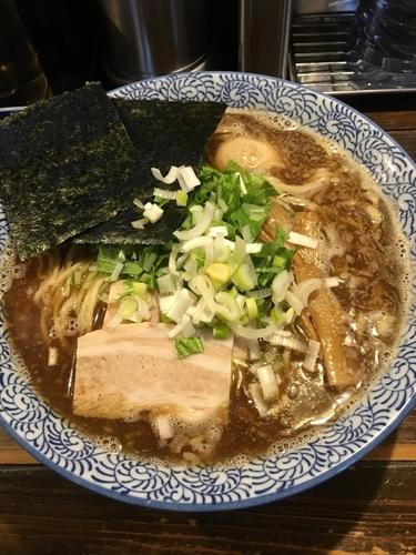 「中華そば 大盛り 720円」@つけ麺 花みずきの写真