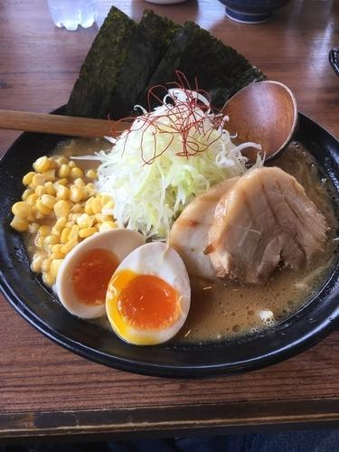 「熟成赤マルDX味噌らーめん 980円」@マルヤ商店の写真
