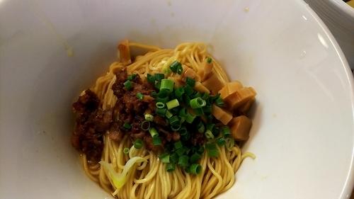 「追い玉(黒)+鶏塩+味玉」@麺蔵 あつおの写真