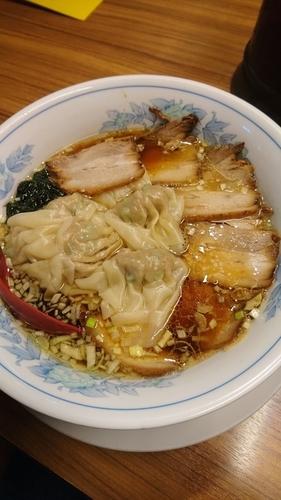 「チャーシューワンタン麺1100円」@和香佐の写真