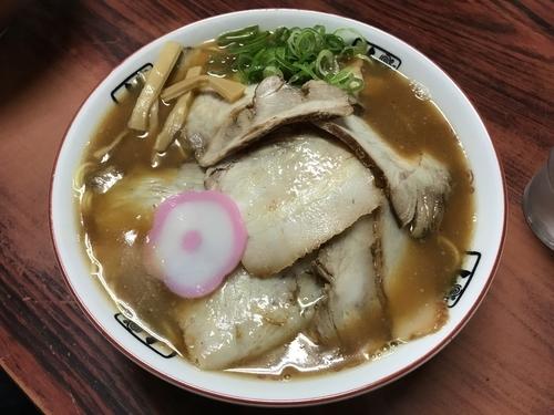 「特製大盛中華そば」@井出商店の写真