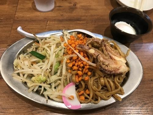 「焼きそば 温玉有」@東京タンメン トナリ 大宮店の写真