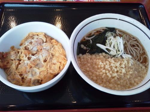 「ミニかき揚げ丼セット 520円」@山田うどん 松戸東店の写真