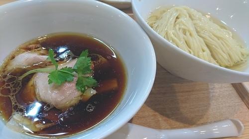 「つけ麺 (濃厚昆布鰹出汁かけ) ¥ 1000」@らぁ麺 飯田商店の写真