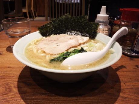 「ラーメン(並)」@麺家 千晃 新横浜店の写真