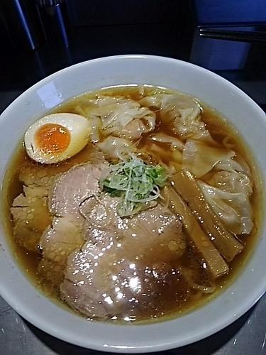 「ワンタン麺+チャーシュー」@らあめん吟の写真