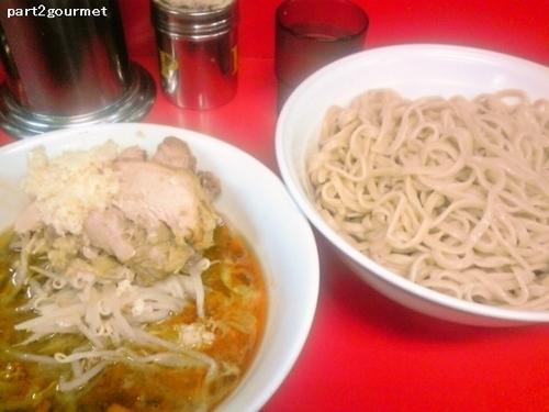 「つけ麺=小ラーメン(豚2枚)+100円 (800円)」@ラーメン二郎 茨城守谷店の写真