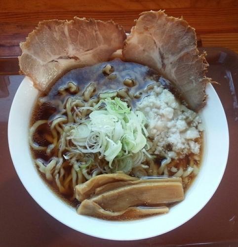 「煮干し中華・麺パス価格540円・大盛100円増」@つけ麺 心心の写真