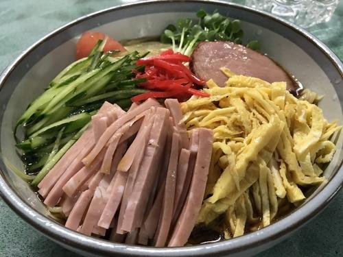 「冷麺 大盛 800円」@食堂 二葉の写真