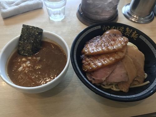 「牛スジカレーつけ麺」@心の味製麺の写真