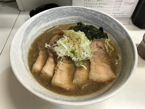 「魚介風とんこつ醤油チャーシュー麺 900円」@真田丸の写真