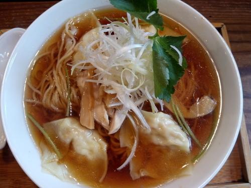 「醤油ワンタン麺」@ラーメン仮面 55(PAHAPAHA)の写真
