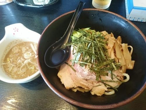 「魚だし特濃厚 極太冷やし麺 700円」@ハッスルラーメンホンマ 浅草店の写真