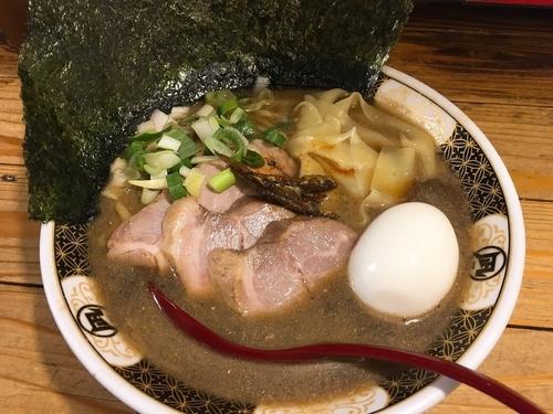 煮干しラーメン 新宿