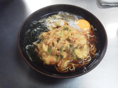 「卵かき揚げそば 440円大盛サ」@ポンヌッフの写真