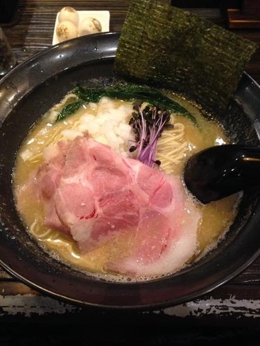 「鮮魚白湯そば  ウズラの炙り味玉」@布施丿貫の写真
