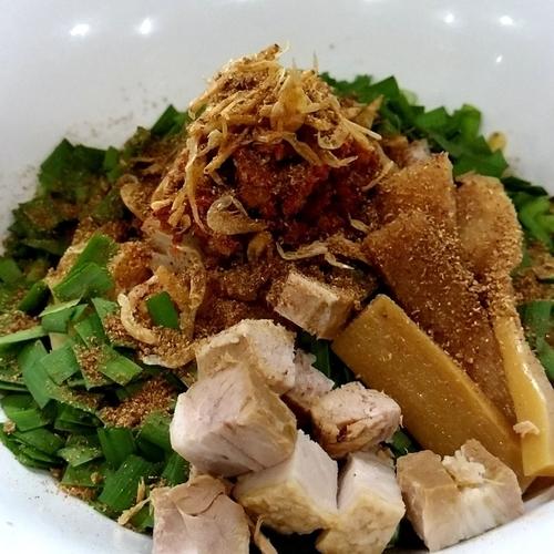 「手揉み汁なし山椒そば+ニンニク」@麺丼Dining 夢者の写真