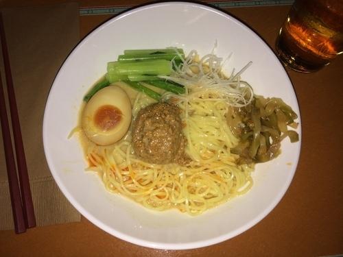 「冷やし担担麺」@Vulcania Restaurantの写真