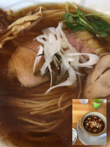 「らーめん(正油)+半麻婆豆腐+半ライス(麻婆豆腐定食)」@らーめん食堂 ゆうき屋の写真