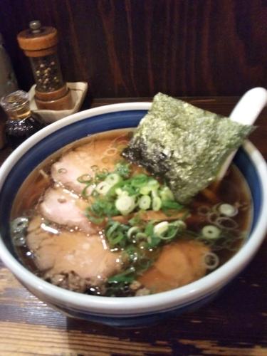 「醤油チャーシュー麺」@とうかんやの写真